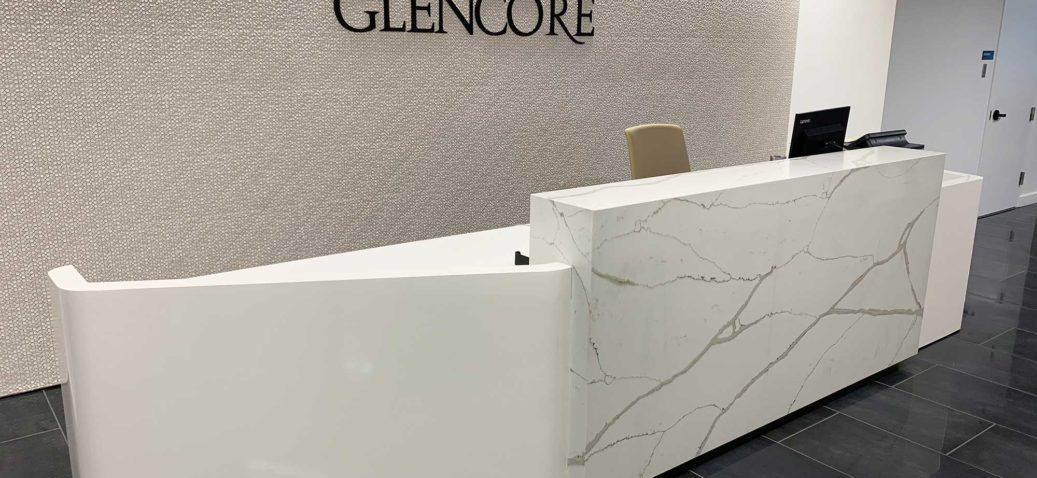 hp_stone-and-lacquer-reception-desk